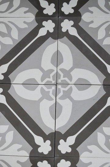 アンティークタイル e 14センチタイル セメントタイル 輸入タイル 古材 フランスタイル シャビーな床材 フロアータイル 通販7