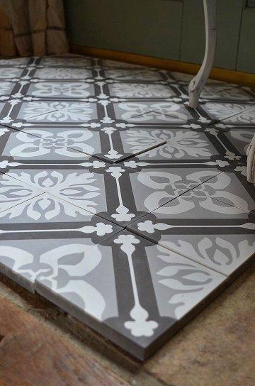 アンティークタイル e 14センチタイル セメントタイル 輸入タイル 古材 フランスタイル シャビーな床材 フロアータイル 通販5