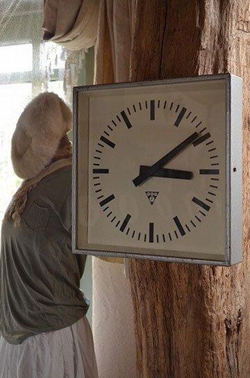 パラゴトロン社角型アンティーク時計R56010q