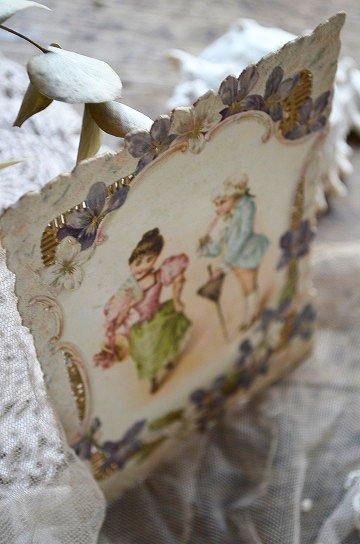 ドレス姿の子供達とスミレの花のクロモスカード,アンティークカード,フレンチカード,クロモスカード,ブロカント,アンティーク雑貨,通販2
