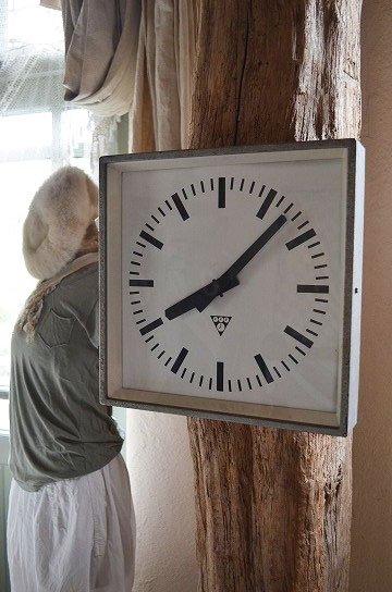 パラゴトロンクロック,パラゴトロン時計,オリジナル針,Pragotron,アンティーク時計,スチール角型,学校の古時計,壁掛け時計,アンティーク家具,通販 1