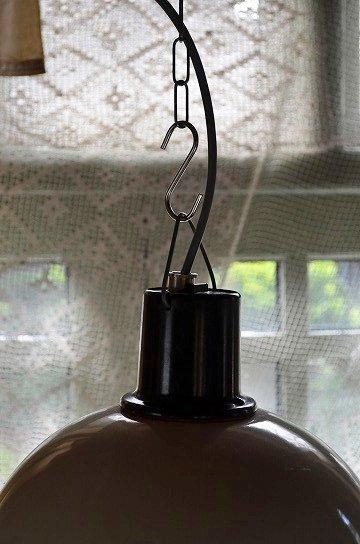 エナメルシェードファクトリーライト,インダストリアルライト,エナメルシェードランタン,アンティークガラスランタン,アンティークライト,アンティーク照明,メタル製ライト,アンティーク家具,通販3