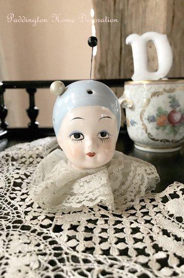 陶器人形のハットピンスタンド J21198