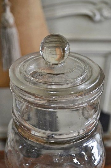 蓋付きガラスボトル,アンティークガラスボトル,ガラスジャー,キャンディーボトル,キャンディージャー,ガラスドーム,ブロカント,アンティーク雑貨,通販,販売2