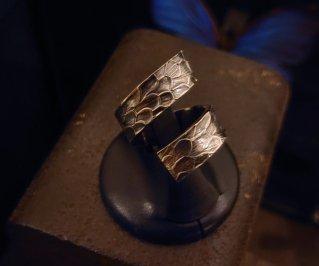 Ring/鱗テクスチャーリングL 16号【9~20号まで調整いたします】