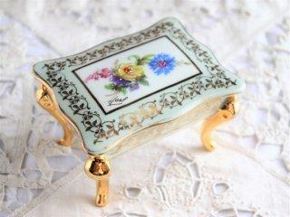 Limoges エレガントなジュエリーボックス