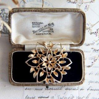 Sarah Coventry Jewelry  オープンワークフラワー