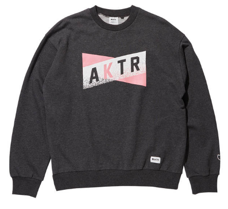 <img class='new_mark_img1' src='https://img.shop-pro.jp/img/new/icons20.gif' style='border:none;display:inline;margin:0px;padding:0px;width:auto;' />SWEAT CREW NECK CHARCOAL