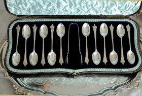 英国アンティーク銀器【純銀】1903年製 箱入りティースプーン12本+トング     /(MD有)