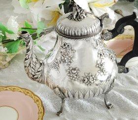 フランスアンティーク【純銀950】リボン装飾のティーポット 951g
