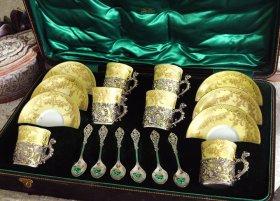 英国アンティーク【純銀】ホルダー付きカップ&ティースプーン箱入りセット   <MD 有>