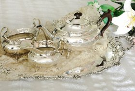 英国アンティーク銀器【純銀】1921年 透かしリムのティーセット Elkington&Co    <MD>