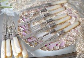 英国銀器【純銀】1918年 白蝶貝ハンドルのデザートカトラリーセット JD&S