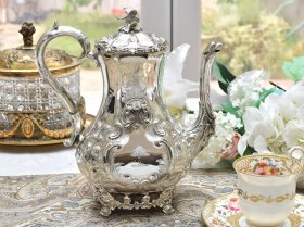 英国アンテイーク銀器【純銀】1869年 ルイスタイルコーヒーポット