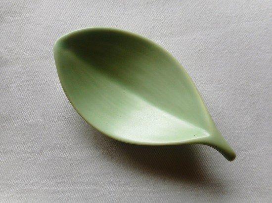 波佐見焼 白山陶器 箸置き(木の葉・浅緑)