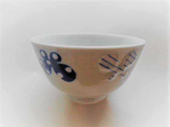 砥部焼 皐月窯 ごはん茶碗(6種の蝶)