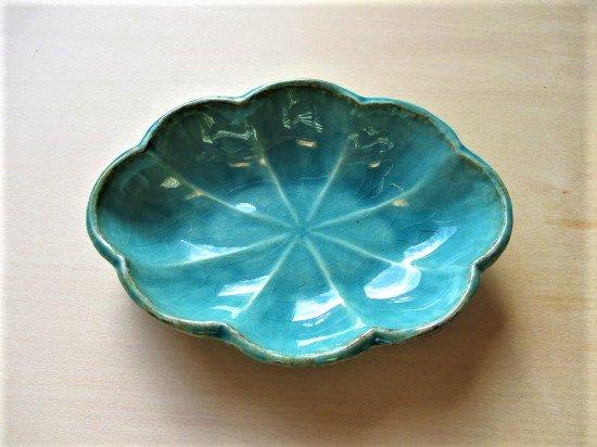 山本たろう(魚雲窯) 花型小鉢 (陶器)