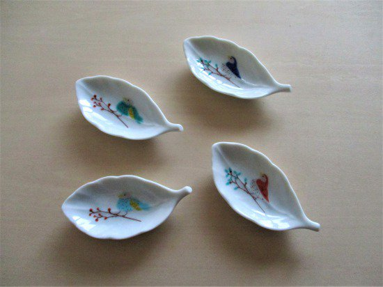 ハレクタニ 鳥と木葉  豆皿4枚セット