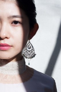 Chandelier shell earrings