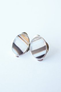 Graphical stud earrings Agate 3