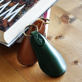 NASUKONSHA(ナスコンシャ )牛革靴べら型キーホルダー