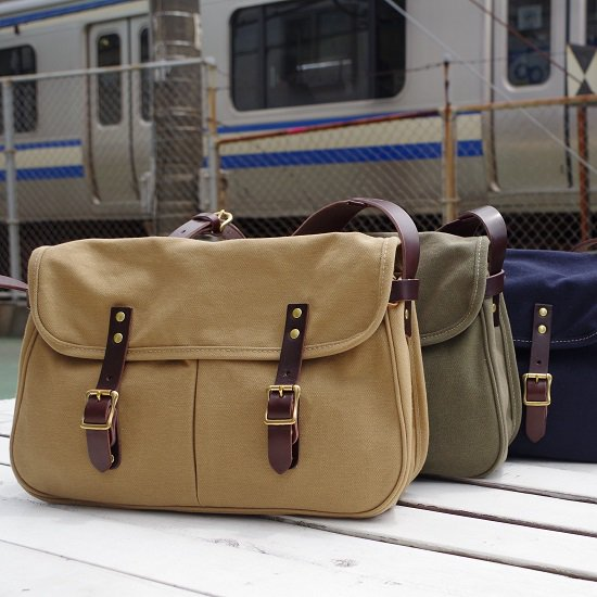 "SLOW colors ""hunting shoulder bag L"""