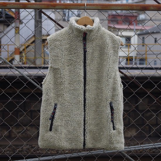 "FARFIELD ""FELL VEST"""