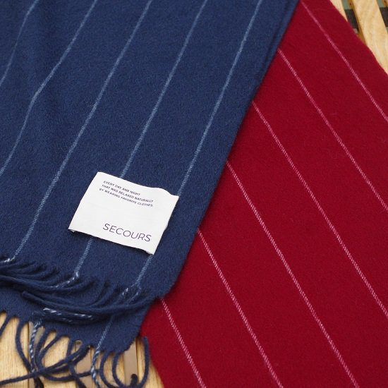 "SECOURS ""Chalk stripe CASHMERE STALL"""