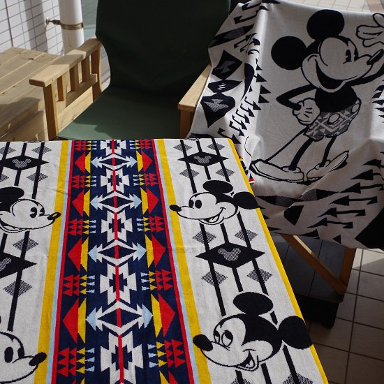 "PENDLETON""Jacquard SPA Towels Featuring Mickey Mouse"""