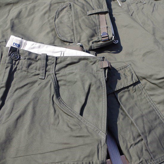 "FOB FACTORY ""F0422 Military Cargo Pants"""