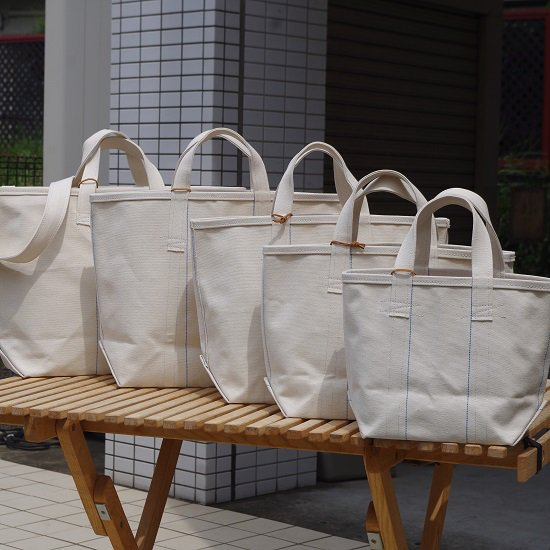 "SLOW ""Vintage tool tote bag""<img class='new_mark_img2' src='//img.shop-pro.jp/img/new/icons14.gif' style='border:none;display:inline;margin:0px;padding:0px;width:auto;' />"