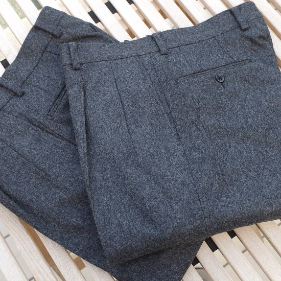 "Pt.Alfred ""wool flannel 2tuck trousers"""