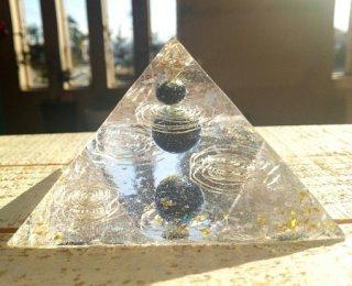 オルゴナイト☆宇宙 黄金比率ピラミッド1