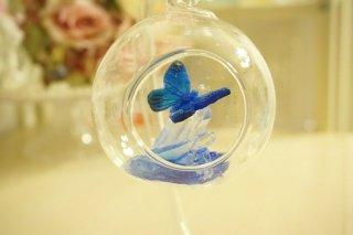 オルゴナイト☆宙に浮く癒しのクリスタルと蝶1  モルフォイブルーA