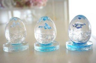 オルゴナイト☆卵型 3兄弟 台座付き