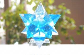 オルゴナイト☆アルクトゥールス 小星形十二面体 ブルー 台座付き