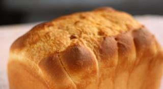 天然酵母もちもち食パン3斤【有限会社 柏屋製パン所】 ※