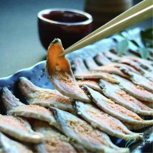 [ここ滋賀]琵琶湖産天然「鮒寿し(飯漬・スライス)」 クール商品 【薫彩堂】 ※