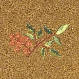 【ネコポス可】お弁当フロシキ・冬刺繍 南天(金茶色)