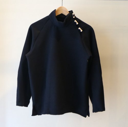 <img class='new_mark_img1' src='//img.shop-pro.jp/img/new/icons6.gif' style='border:none;display:inline;margin:0px;padding:0px;width:auto;' />TATAMIZE / Hi Neck Shirt「Navy」