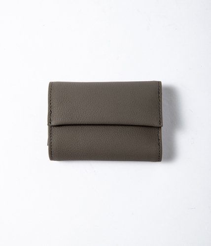 <img class='new_mark_img1' src='//img.shop-pro.jp/img/new/icons6.gif' style='border:none;display:inline;margin:0px;padding:0px;width:auto;' />ERA. / BUBBLE CALF TINY WALLET「Gray」