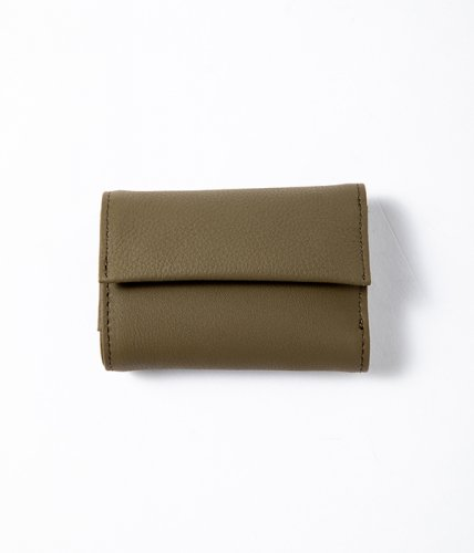 <img class='new_mark_img1' src='//img.shop-pro.jp/img/new/icons6.gif' style='border:none;display:inline;margin:0px;padding:0px;width:auto;' />ERA. / BUBBLE CALF TINY WALLET「Olive」