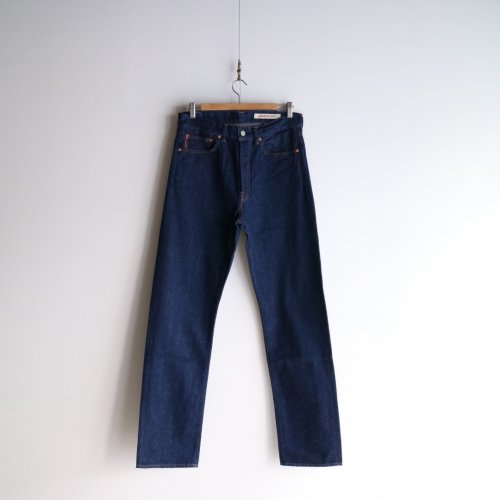 <img class='new_mark_img1' src='https://img.shop-pro.jp/img/new/icons6.gif' style='border:none;display:inline;margin:0px;padding:0px;width:auto;' />COTTLE / C.T.L STRAIGHT DENIM PANTS-BENGARA(INDIAN RED) 「Washed Indigo 」