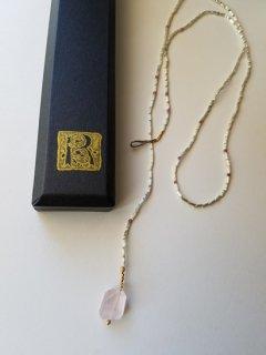 当店別注MAISON_RUBUS(メゾンルーバス)tresure ネックレス(ローズクォーツ)/ 1920's vintage beads