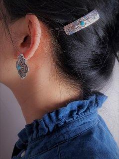 <img class='new_mark_img1' src='https://img.shop-pro.jp/img/new/icons8.gif' style='border:none;display:inline;margin:0px;padding:0px;width:auto;' />Indian jewellery(インディアンジュエリー)Navajo(ナバホ)族 シルバーミニバレッタ(ターコイズ)�【ネコポス指定可能】