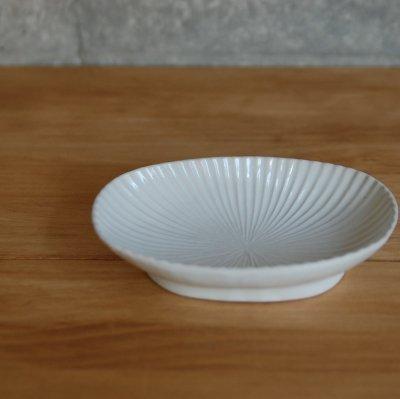 しのぎ楕円皿 小 白 / 久野 靖史