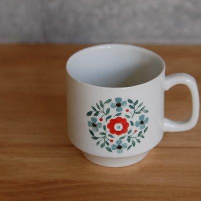 赤い花のマグカップ / 大塚 温子