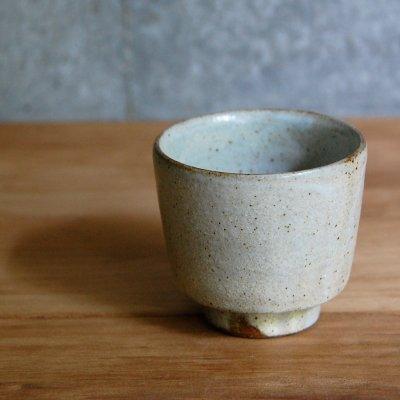角湯のみ(粉引) / 中村 恵子