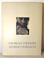 Georgia O'keeffe <br>A Portrait by Alfred Stieglitz <br>アルフレッド・スティーグリッツ