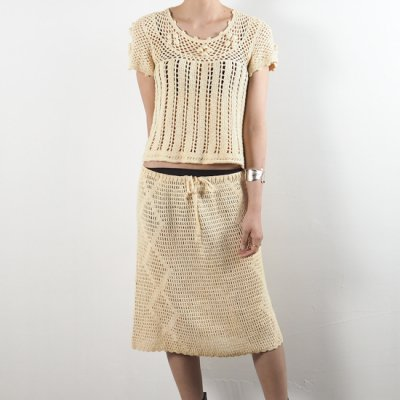 vintage 1970s Cotton Crochet Knit Top & Skirt<img class='new_mark_img2' src='//img.shop-pro.jp/img/new/icons8.gif' style='border:none;display:inline;margin:0px;padding:0px;width:auto;' />